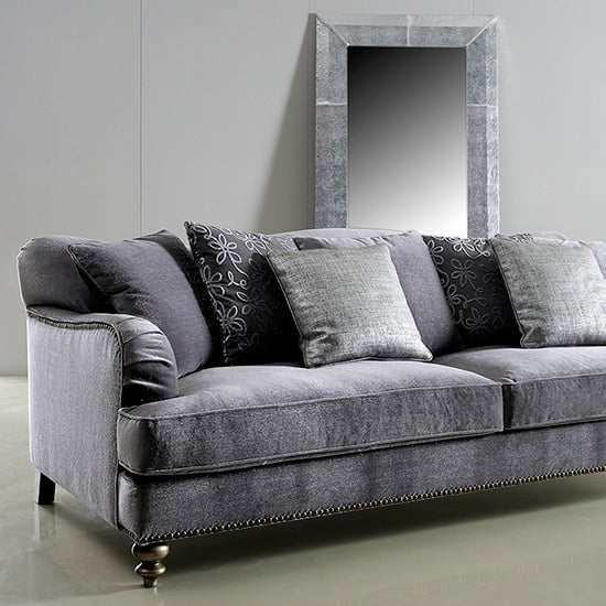Eric sofa