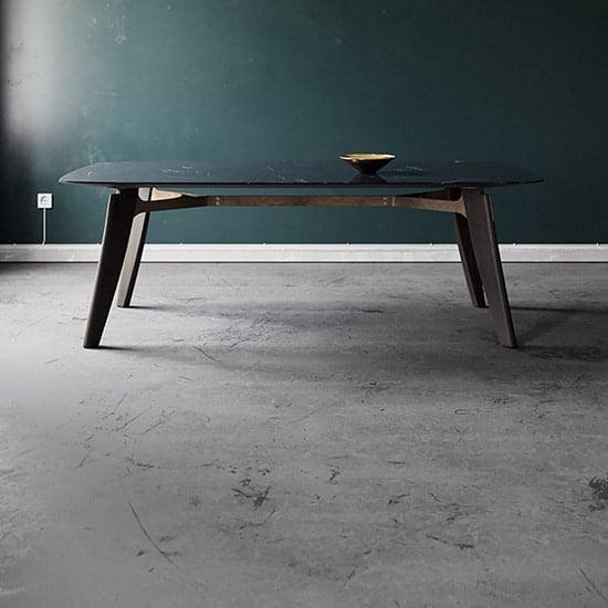 τραπέζι oval
