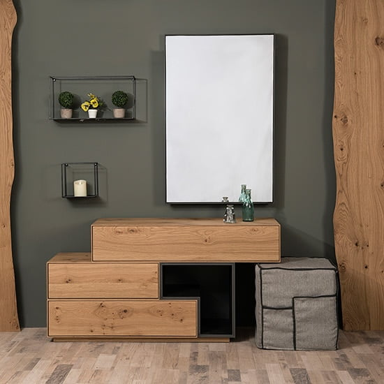 Dresser Box