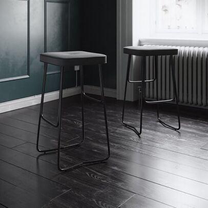 stool line